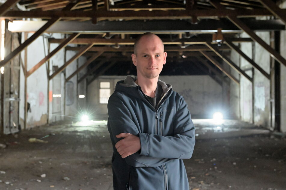 Bauteam-Leiter Oliver Presch (34) im ehemaligen Güterbahnhof Altendorf.