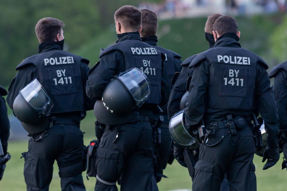Die Polizei war am Wochenende bei mehreren Einsätzen im Stadtgebiet München gefordert.