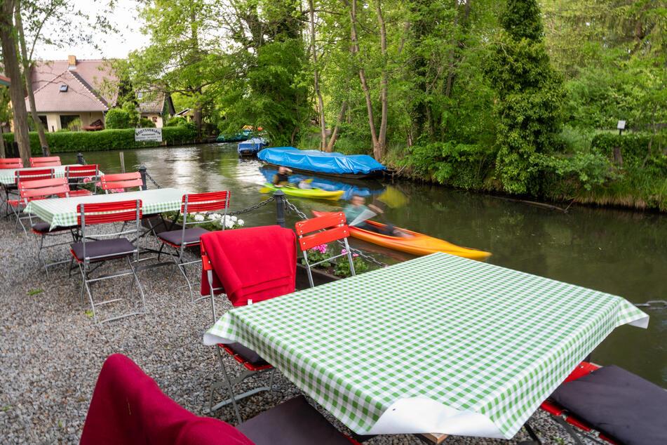 Brandenburg lädt zum Feiern ein - oder zum Kanu-Fahren auf der Spree.