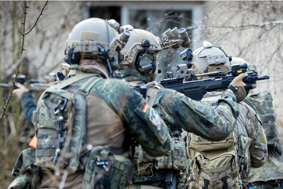 KSK vermisst 62 Kilogramm Sprengstoff: Teil davon bei Soldaten in Sachsen gefunden