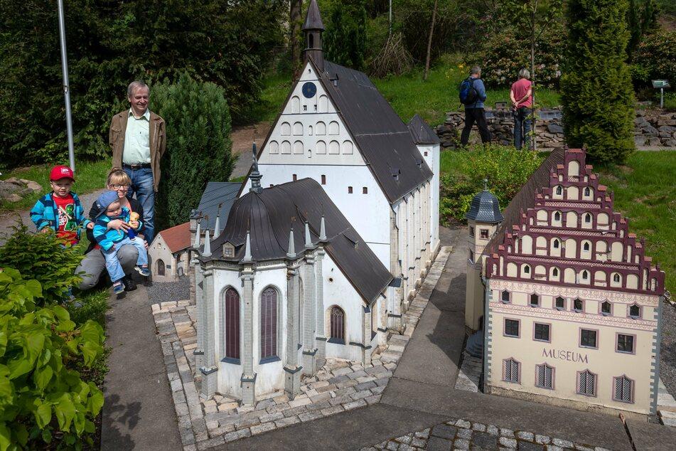 Im Klein-Erzgebirge könnt Ihr über 200 Modelle bestaunen.