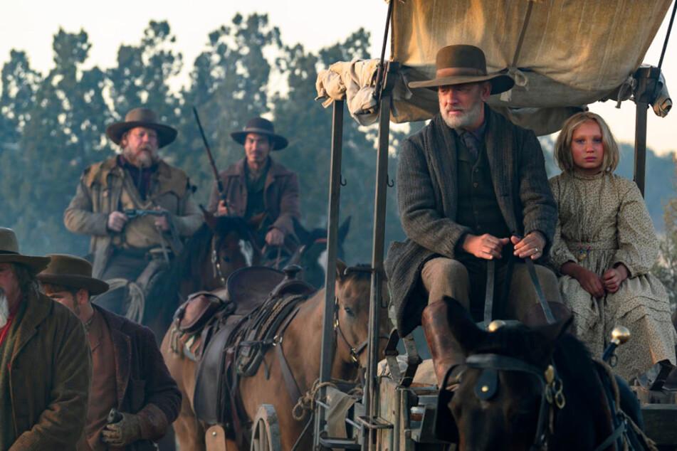 """""""Systemsprenger""""-Star Helena Zengel rockt mit Tom Hanks ersten Trailer zu """"Neues aus der Welt""""!"""