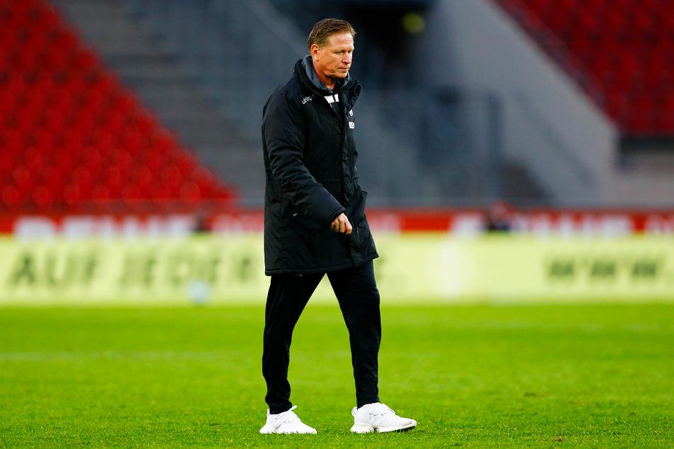Markus Gisdol (51) wurde vom 1. FC Köln nach der Last-Minute-Pleite gegen den 1. FSV Mainz 05 wie erwartet entlassen.