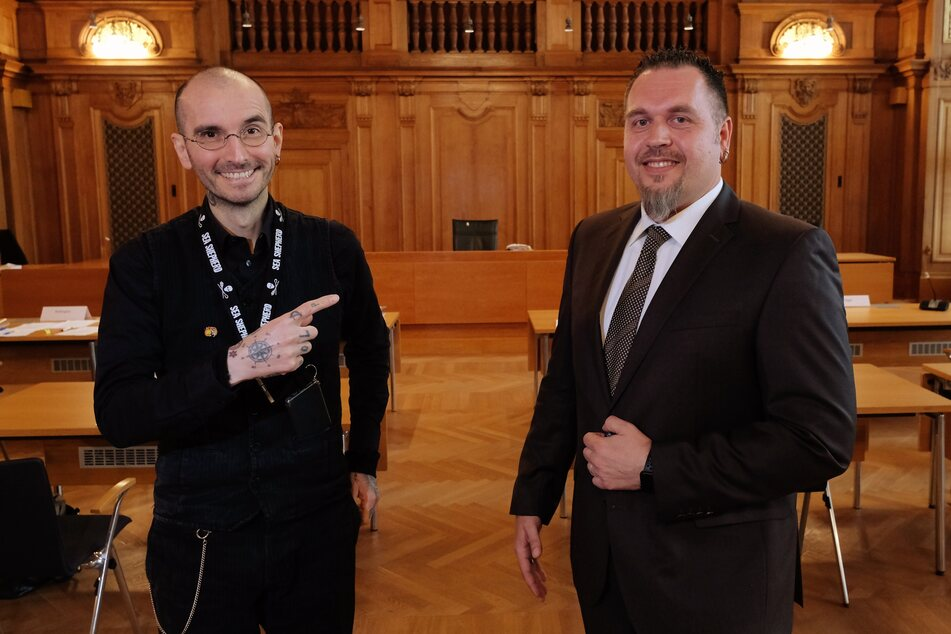 Dr. Mark Benecke zusammen mit Jürgen Prichta im Bundesverwaltungsgericht.