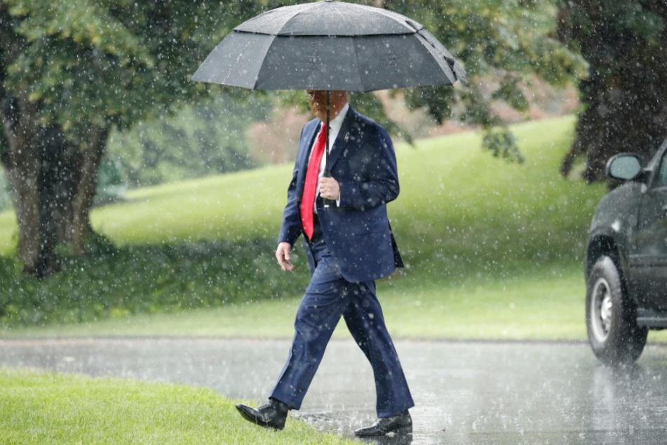 Donald Trump: Lässt er sein Land im Regen stehen?