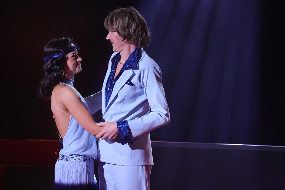 """Ballermann-Ikone Mickie Krause (50) und Profitänzerin Malika Dzumaev (30) sind in der sechsten Folge von """"Let's Dance"""" ausgeschieden."""