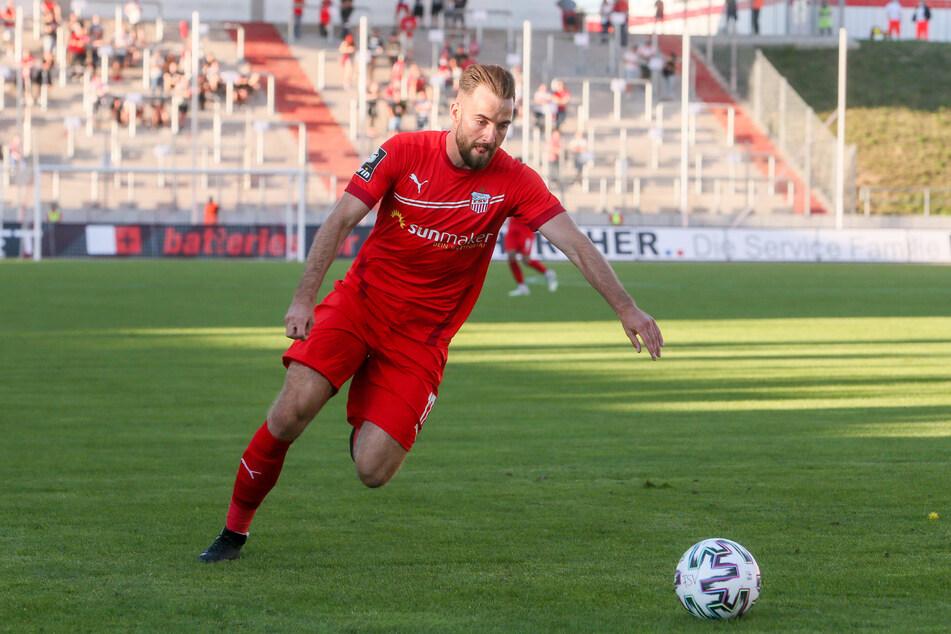 Rechtsaußen Morris Schröter (25) ist neu im Mannschaftsrat des FSV Zwickau.