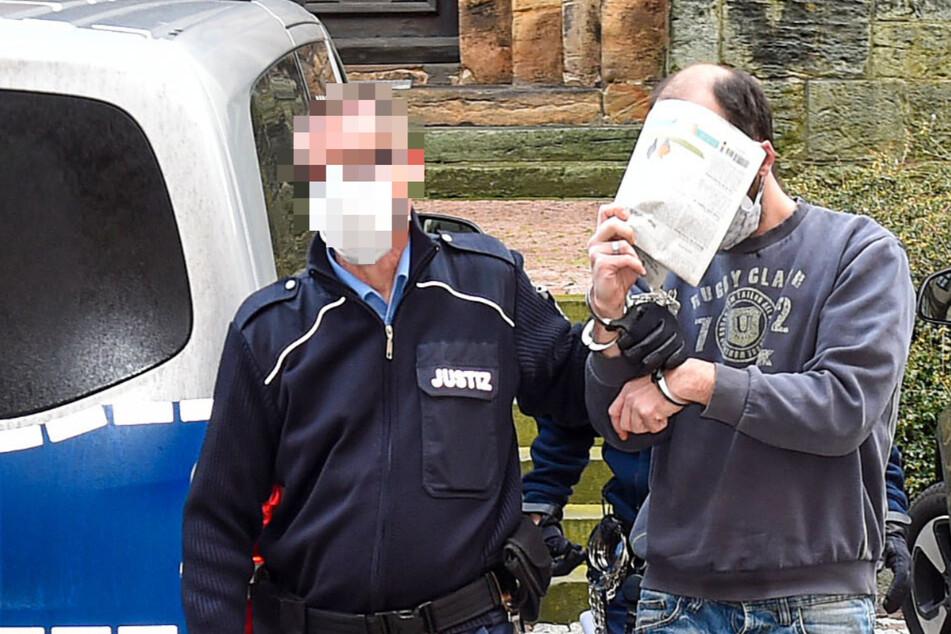 Bewährung für sadistischen Stiefvater: Kinder mussten sogar Urin trinken