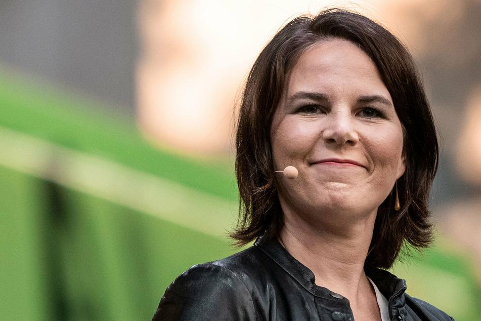 """Grünen-Kanzlerkandidatin Annalena Baerbock (40) stellte sich bei """"Late Night Berlin"""" den Fragen von Romeo und Pauline."""