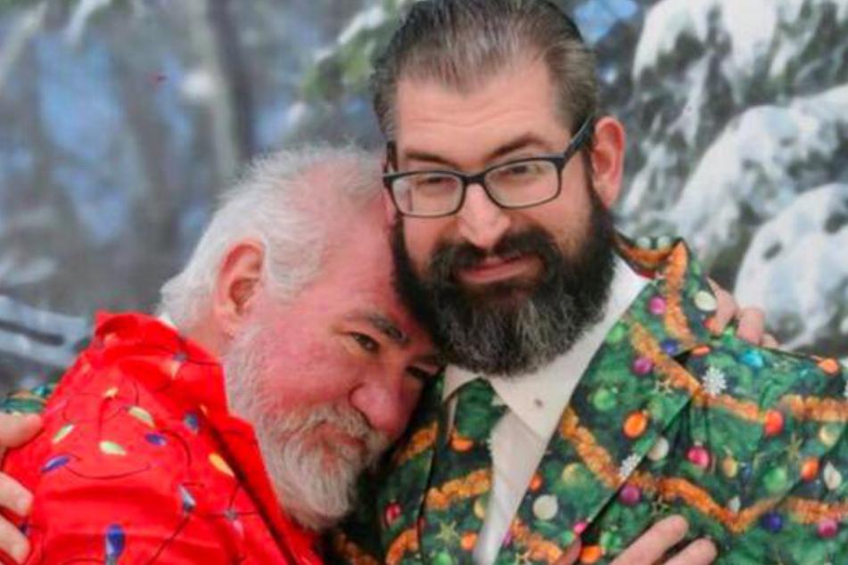 Bob Lee Allen (l., 54) und sein Ehemann Thomas Evan Gates (43) suchten im Internet nach neuen Opfern.