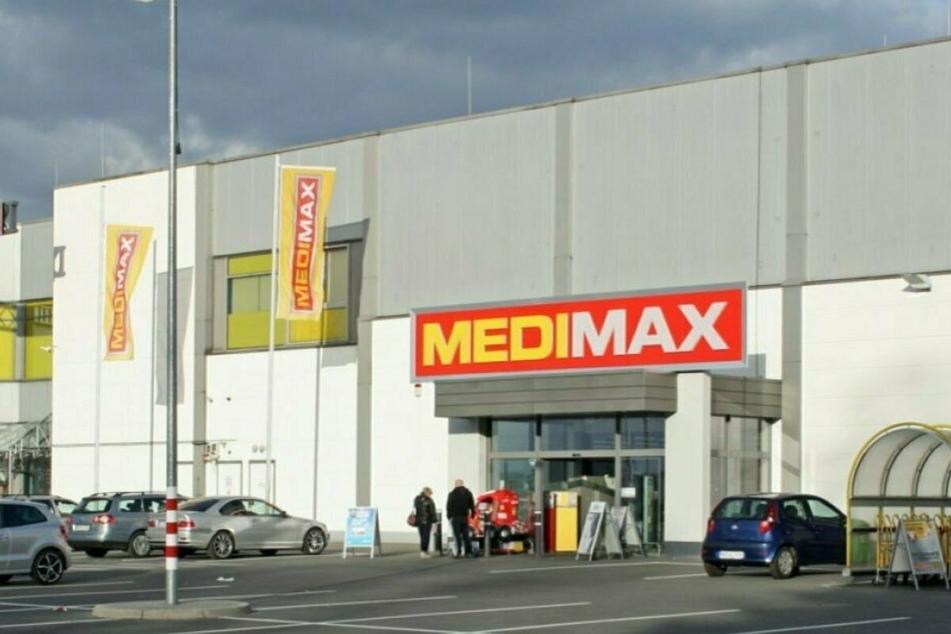 MEDIMAX Bochum schließt für Umbau und macht bis 12.3. großen Ausverkauf