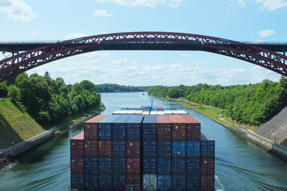 Nord-Ostsee-Kanal: Bau neuer Hochbrücke kommt voran