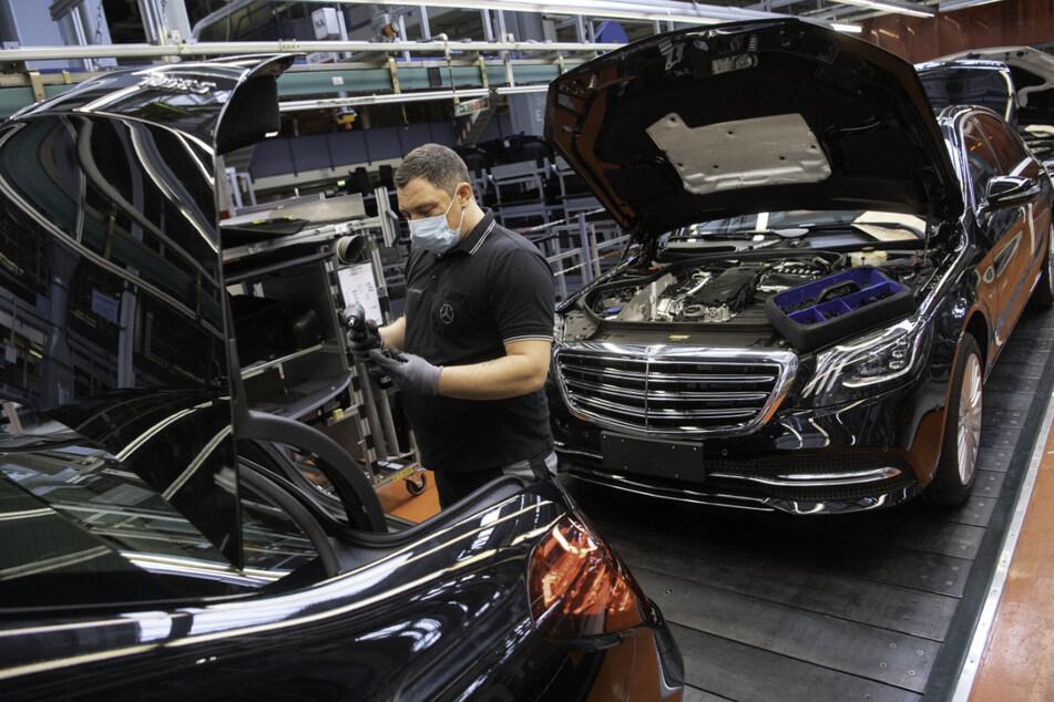 Daimler machte unter dem Strich im zweiten Quartal 3,6 Milliarden Euro Gewinn und kann der Zukunft optimistisch entgegenblicken.