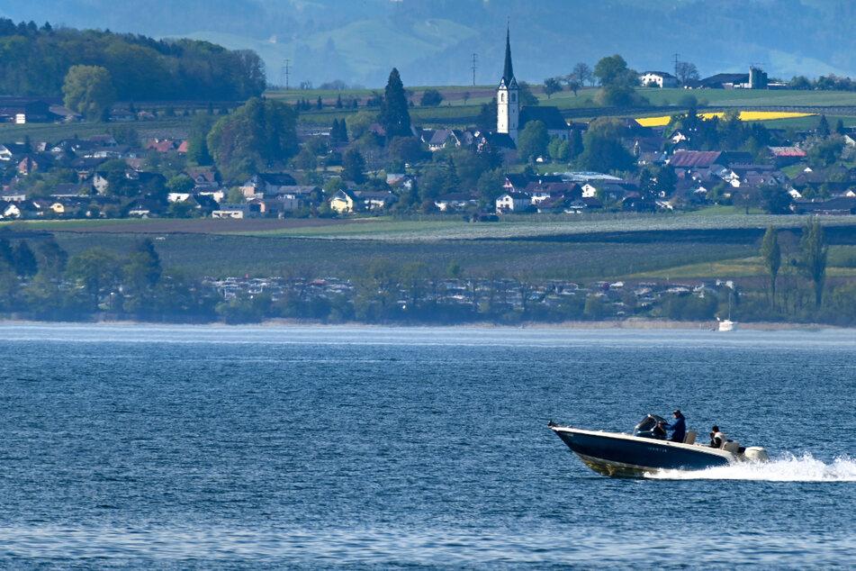 Wie schlimm sind Motorboote für unsere Seen und Flüsse?
