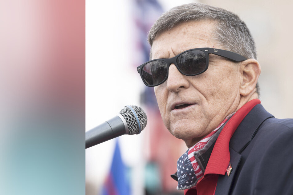Michael Flynn denies expressing support for military coup to reinstate Trump