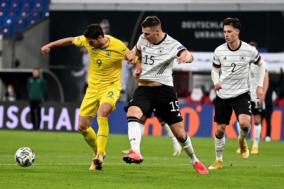 Die ukrainische Nationalmannschaft meldete schon vor der Begegnung mit der DFB-Elf am Samstag mehrere Fälle von Covid-19-Erkrankungen.