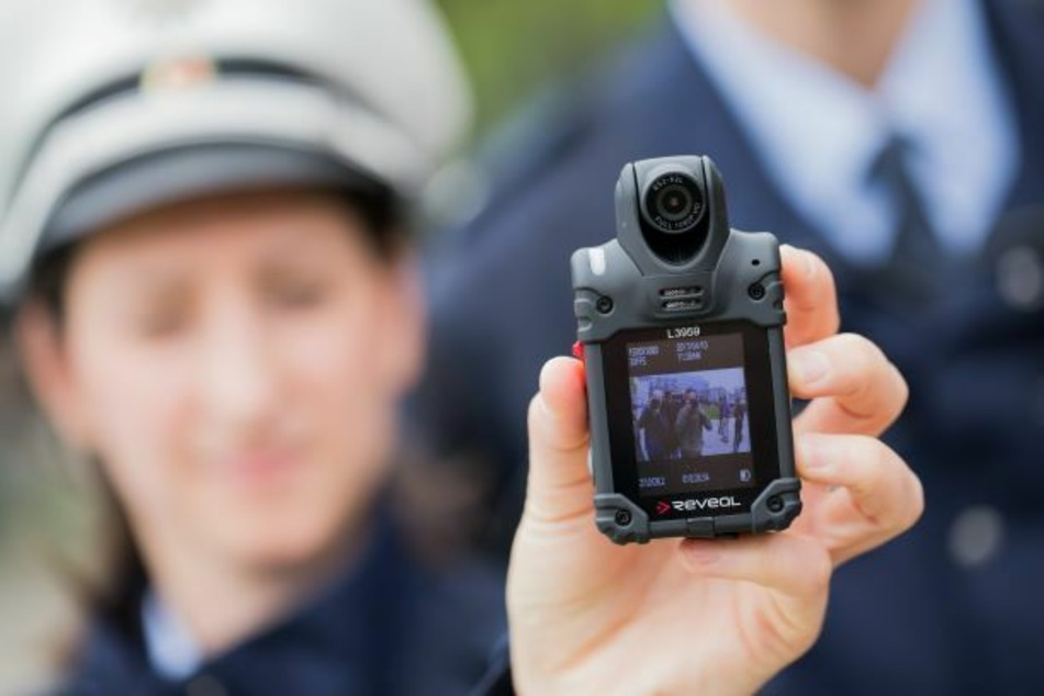 Polizisten sollen in Berlin Bodycams bekommen.
