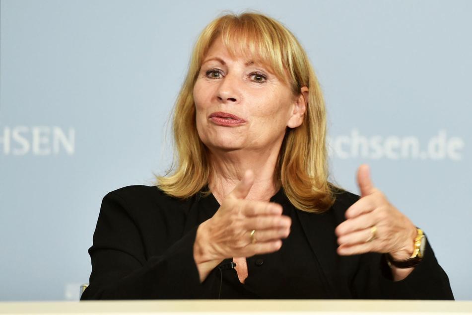Gesundheitsministerin Petra Köpping (63, SPD) präsentierte am Dienstag die neuen Corona-Regeln.
