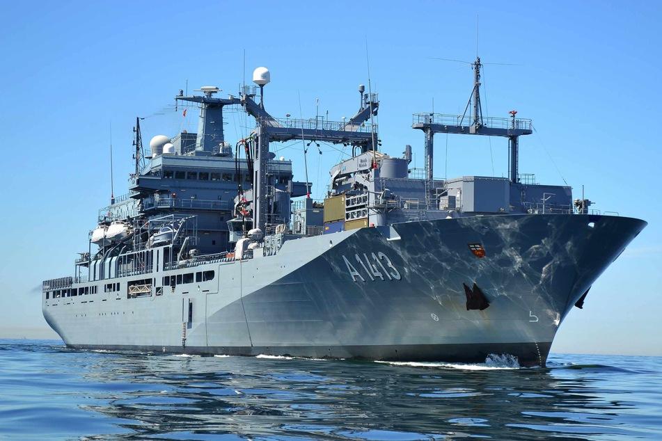 """Das Marineschiff """"Bonn"""" bricht am Mittwoch zu einem EU-Einsatz im Mittelmeer auf. (Archivbild)"""