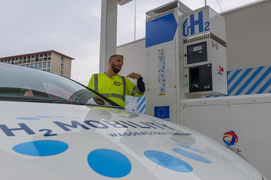 Die erste Wasserstoff-Tankstelle Sachsens entstand in Dresden. Das Projekt in Chemnitz wurde jetzt vertagt.