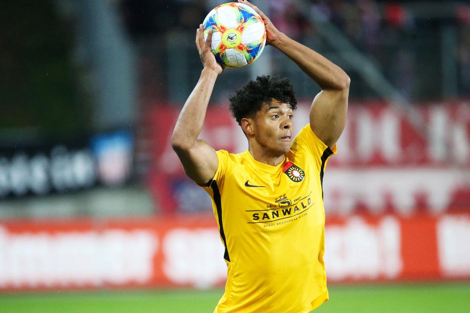Niklas Sommer (23) spielte für die SG Sonnenhof Großaspach in der 3. Liga, konnte sich dort aber nicht dauerhaft als Stammspieler etablieren.