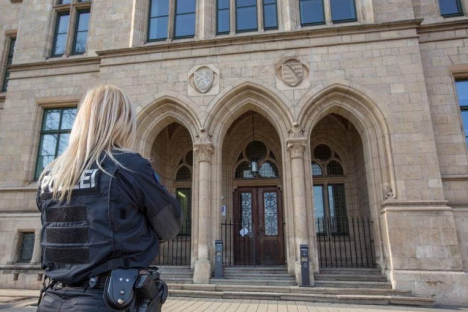 Frau mit Hammer erschlagen: Prozessauftakt gegen Ex-Freund
