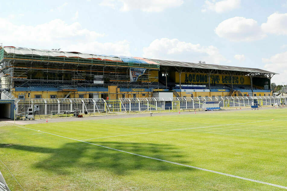 Das Match steigt im Bruno-Plache-Stadion (Foto von Loks Relegations-Hinspiel gegen Verl Ende Juni).