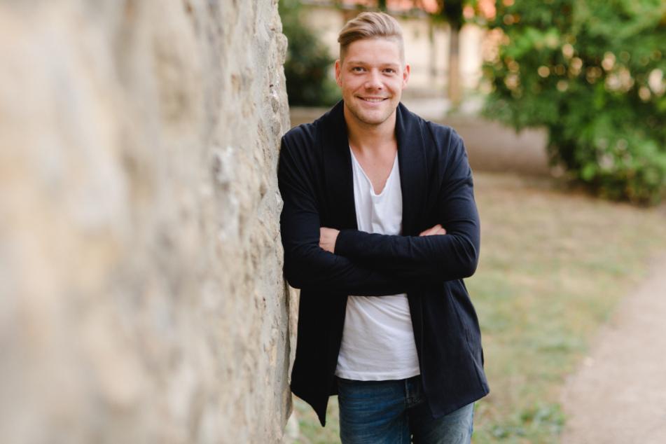 """Robin Pietsch (32) steht am Freitag zum ersten Mal für """"MDR um 4"""" am Herd."""