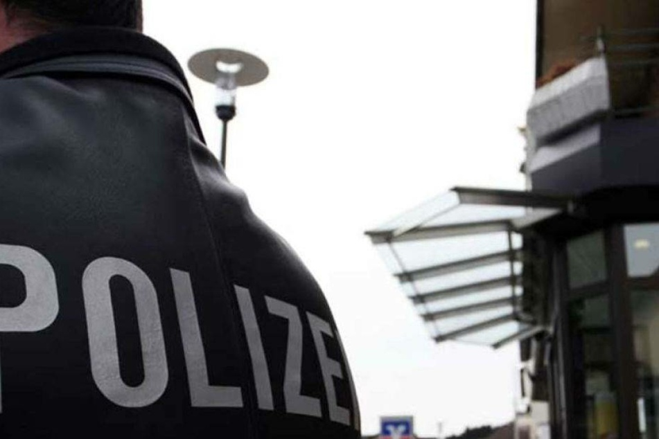 Bankräuber läuft Polizei direkt in die Arme