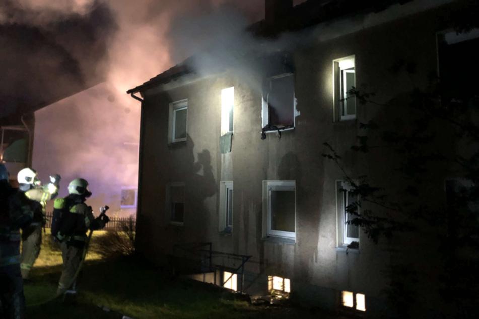 In Wermelskirchen (Rheinisch-Bergischer Kreis) hat ein 24-jähriger Somalier in einer kommunalen Unterkunft ein Feuer gelegt. Verletzt wurde niemand.