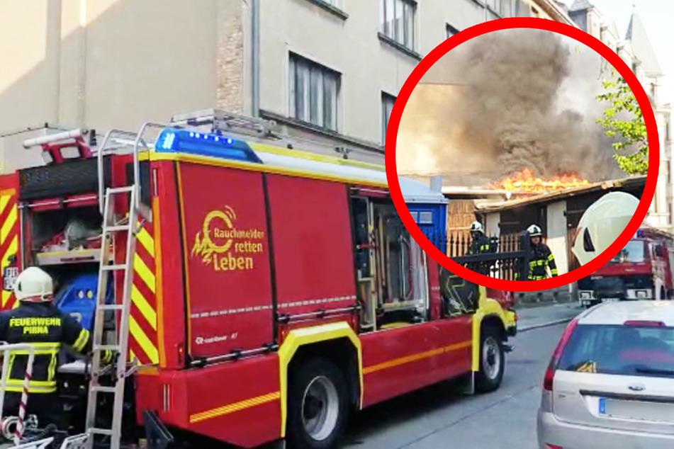 Feuerwehr-Großaufgebot in Pirna: Brand am Bahnhof!