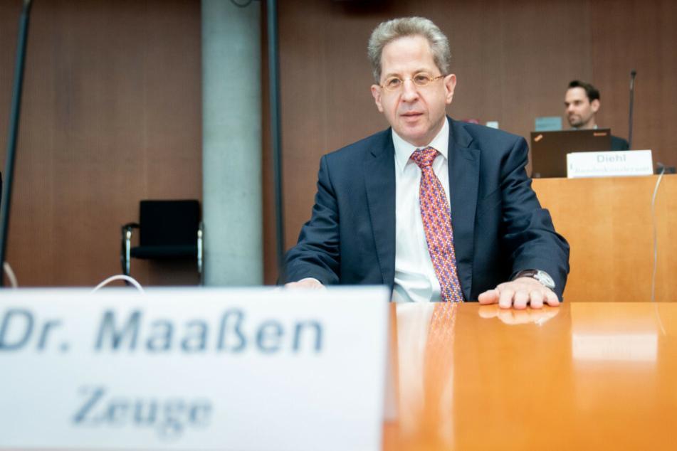 Am Donnerstag musste sich der ehemalige Präsident des Bundesamtes für Verfassungsschutz, Hans-Georg Maaßen (57), den Fragen des Untersuchungsausschusses im Fall Anis Amri stellen.