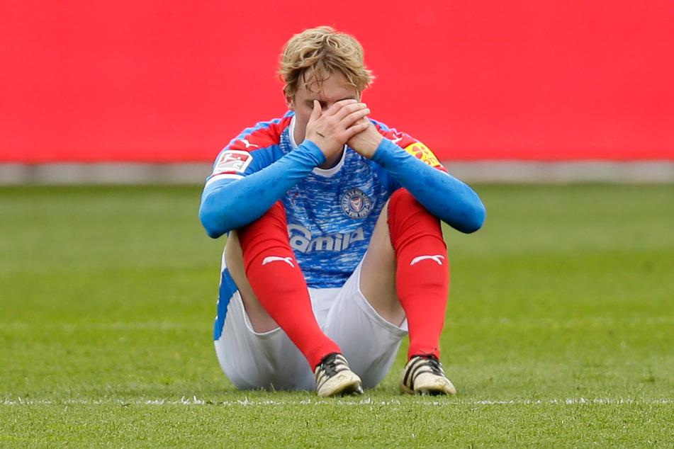 Holstein Kiel war mit fünf Siegen aus der Quarantäne gekommen, verlor aber die letzten beiden Saisonspiele und verspielte so den direkten Aufstieg.