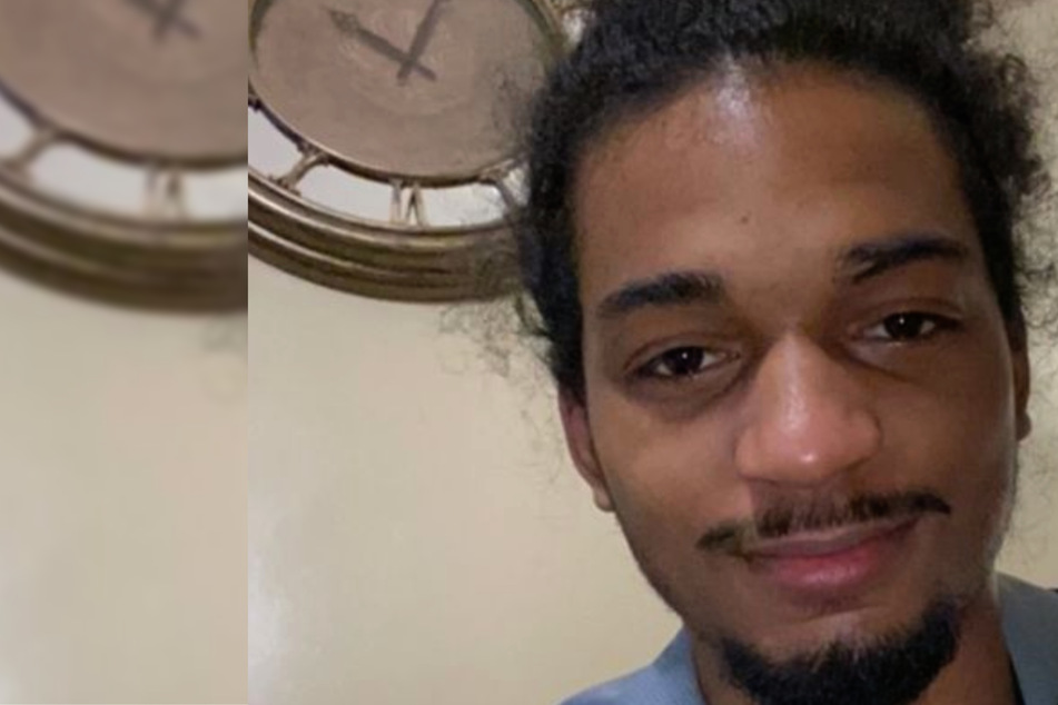 Black man shot by police was holding a sandwich, family says