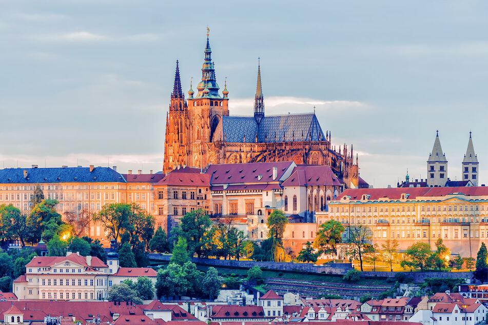Die Fahrzeit nach Prag könnte von über vier Stunden mehr als halbiert werden.
