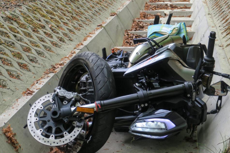 Schon wieder! Heftiger Motorradunfall im Erzgebirge