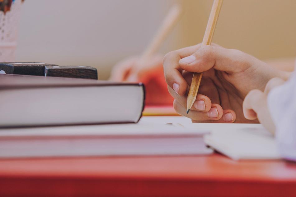 Rund 50 Schüler wurden in der Gemeinde Schechen ohne schulaufsichtliche Genehmigung unterrichtet. (Symbolbild)