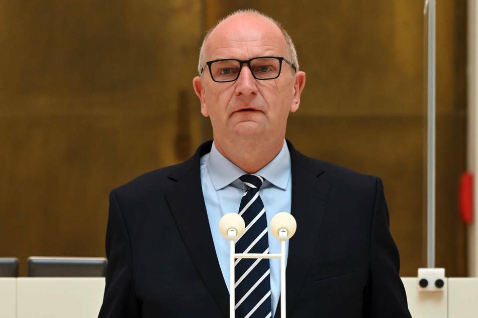 Brandenburgs Ministerpräsident Dietmar Woidke (59, SPD) hatte den Ländern Nordrhein-Westfalen und Rheinland-Pfalz am vergangenen Donnerstag weitere Hilfe angeboten.