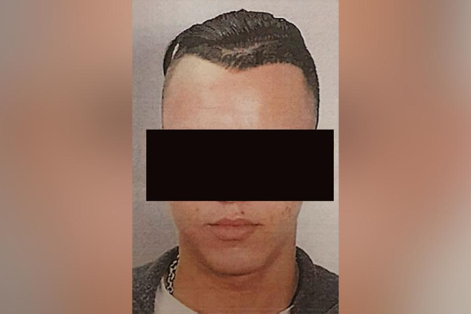 Mit diesem polizeiinternen Fahndungsfoto wird europaweit nach Abdel-Malek B. gesucht.