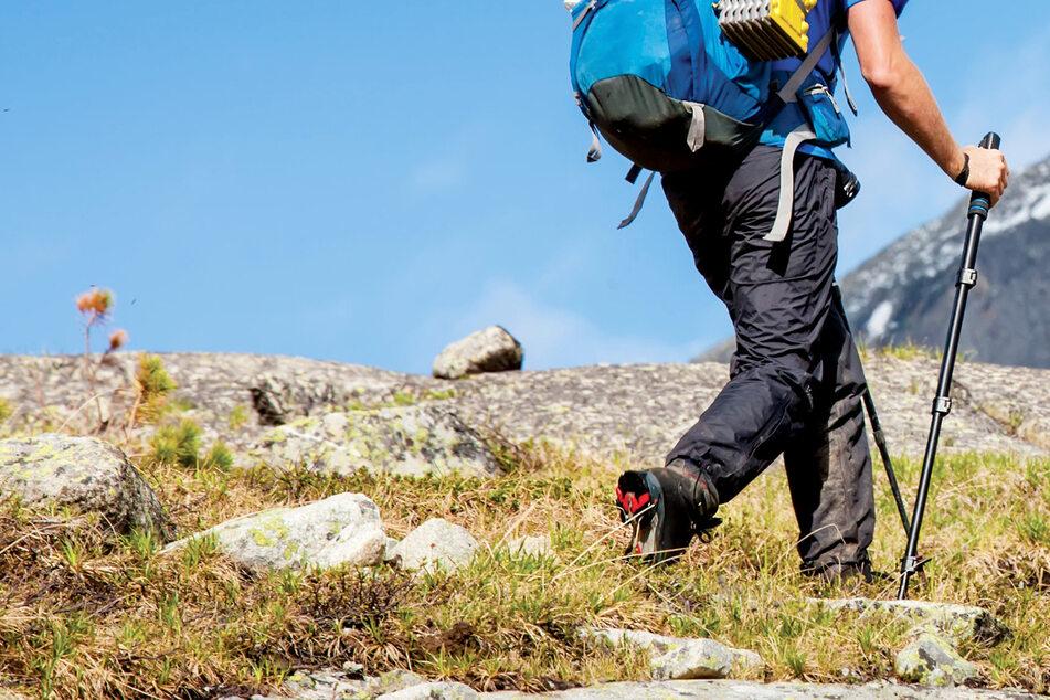 Tödliches Unglück in den Berchtesgadener Alpen in Bayern! Ein Wanderer ist bei einer Bergtour in die Tiefe gestürzt und gestorben. (Symbolbild)