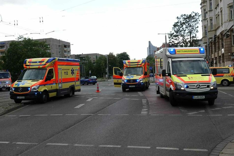 Heftiger Unfall im Leipziger Osten: Vier Verletzte
