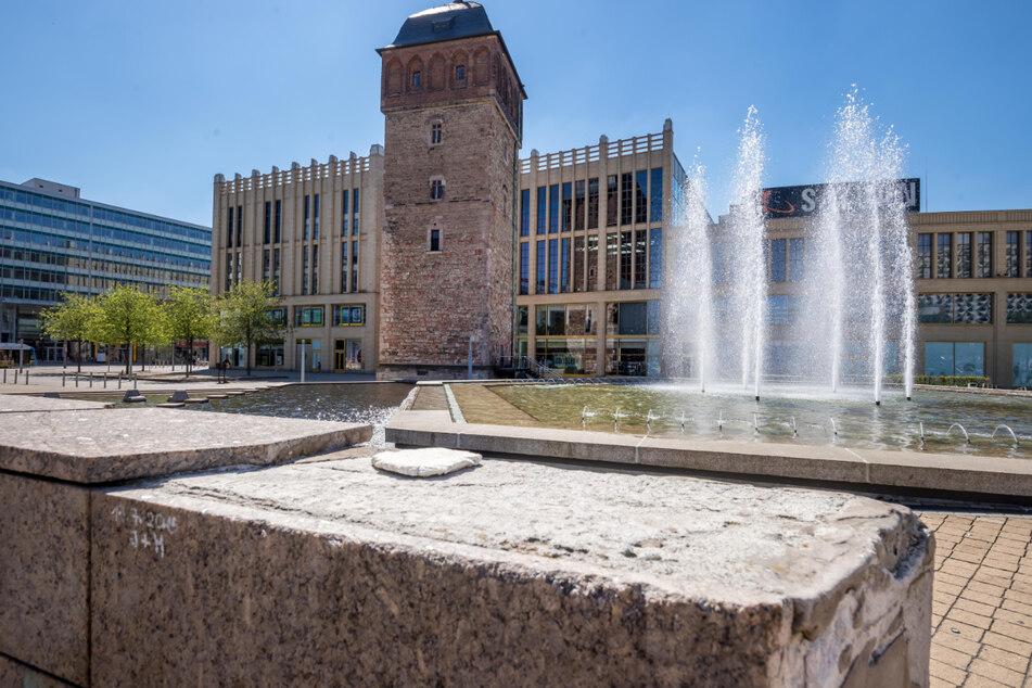 In Chemnitz gibt es viele Brunnen zu entdecken, beispielsweise den im Stadthallenpark.
