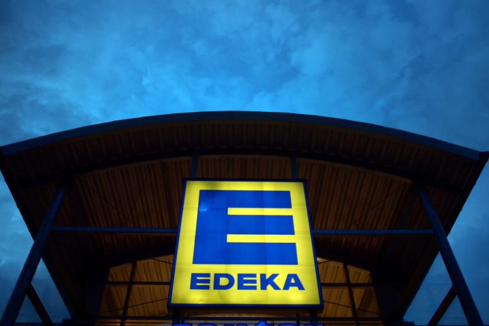 In Zwickau wurde ein EDEKA-Markt geschlossen, weil die Hygienemaßnahmen offenbar nicht eingehalten wurden (Symbolbild).