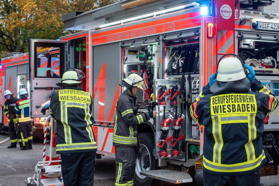 Die Feuerwehr in Wiesbaden rückte am Donnerstagmorgen zu einem Einsatz im Kreuzberger Ring aus.