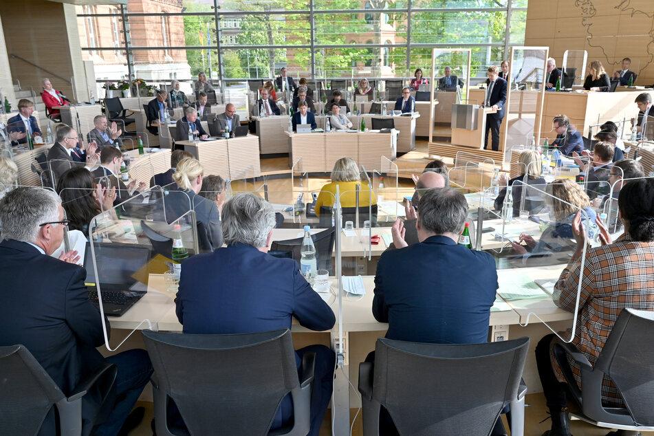 """""""Nicht akzeptabel"""": SPD will Begriff """"Rasse"""" aus Verfassung streichen"""
