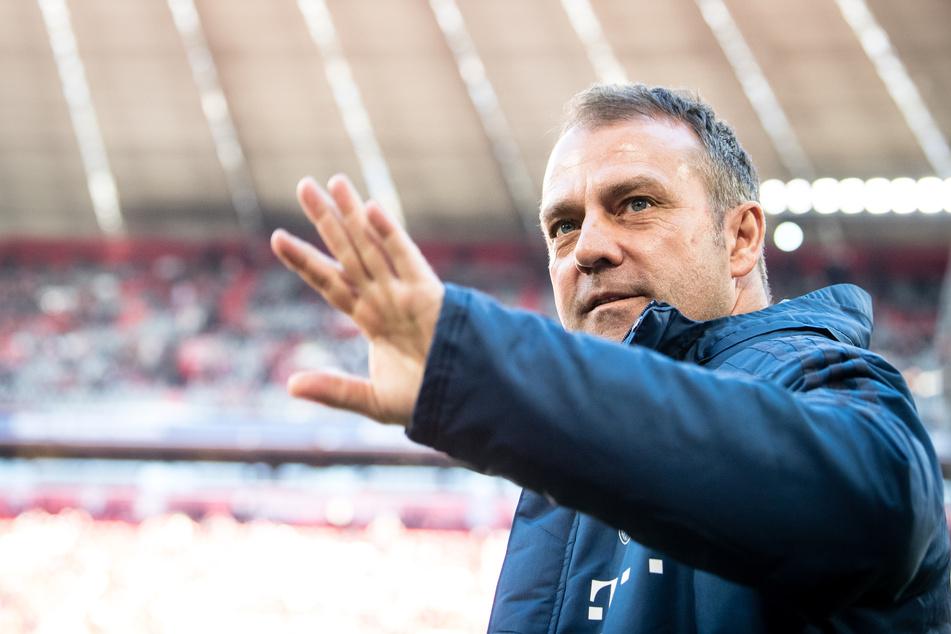 Hansi Flick freut sich über den Verbleib von Thomas Müller.