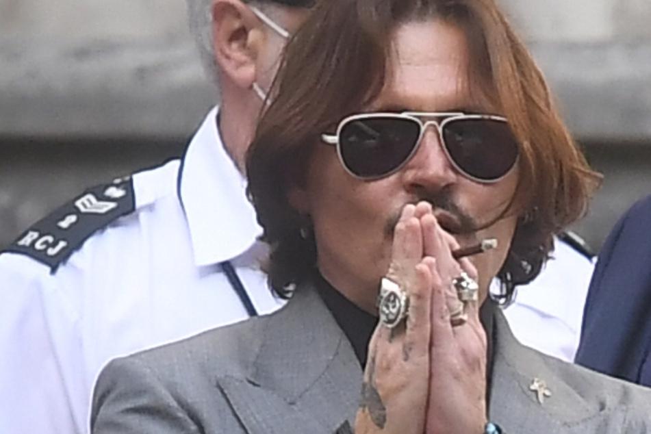 """Schock für Johnny Depp: Nach """"Frauenschläger""""-Urteil verliert er seine wichtigste Rolle"""