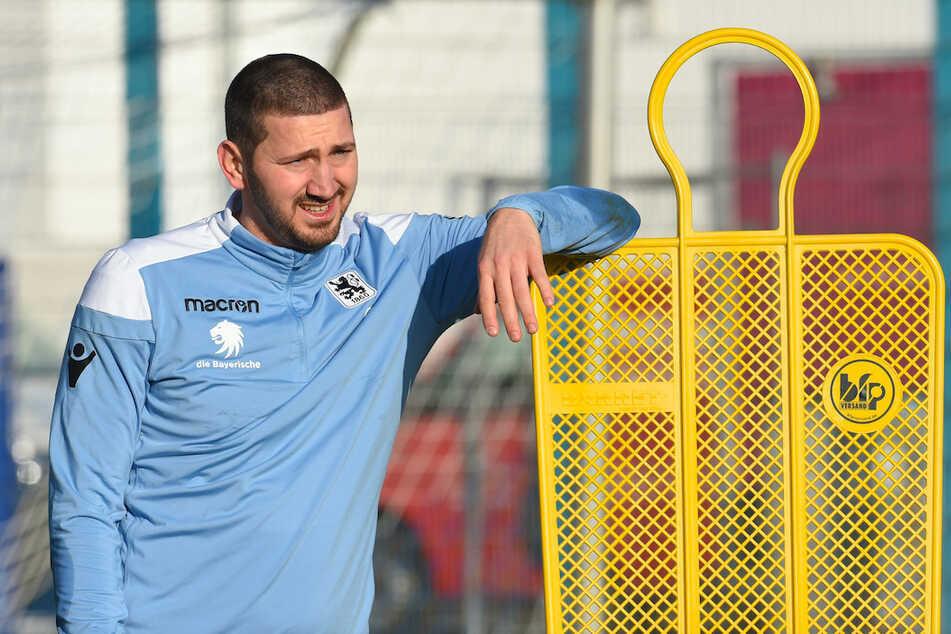 Sascha Mölders wird den TSV 1860 München in der neuen Saison als Kapitän anführen. (Archivbild)