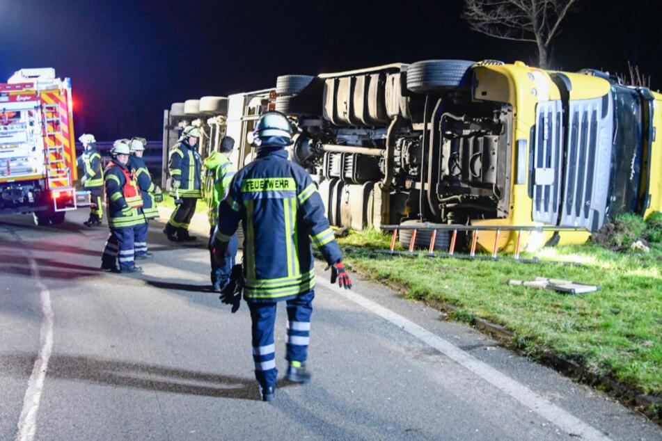 Unfall auf der Autobahn: Suff-Fahrer landet im Straßengraben