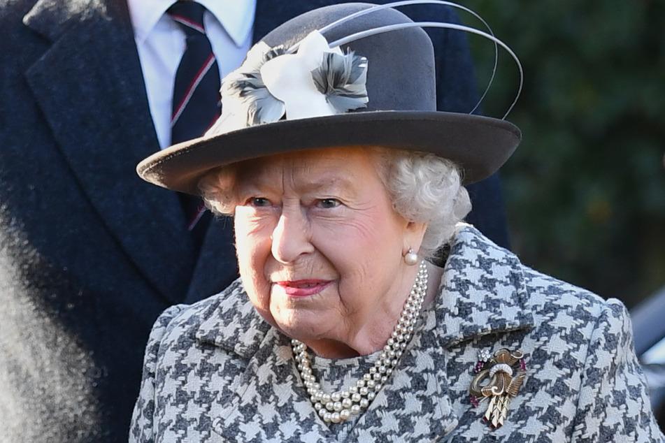 Die britische Königin Elizabeth II. macht such große Sorgen um ihren Enkel.